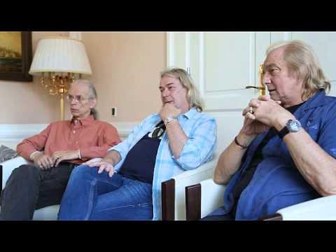 YES interview - Steve Howe - Geoff Downes - Alan White - 2014