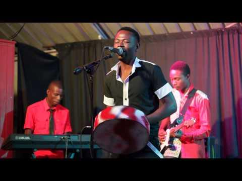 vakuru vanorapa by Martha Doma and the Luggards