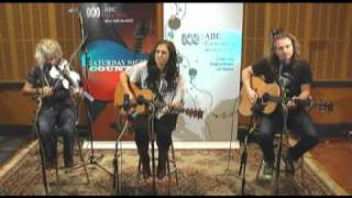 Watch Kasey Chambers Someone Like Me video