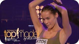 """""""Ich wurde auf Grund meines Aussehens fertig gemacht""""   Germany's next Topmodel 2015    ProSieben"""