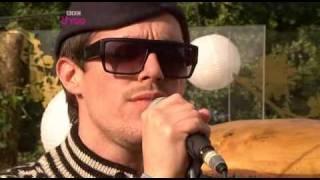 Скачать Sam Sparro Black And Gold Glastonbury 2008