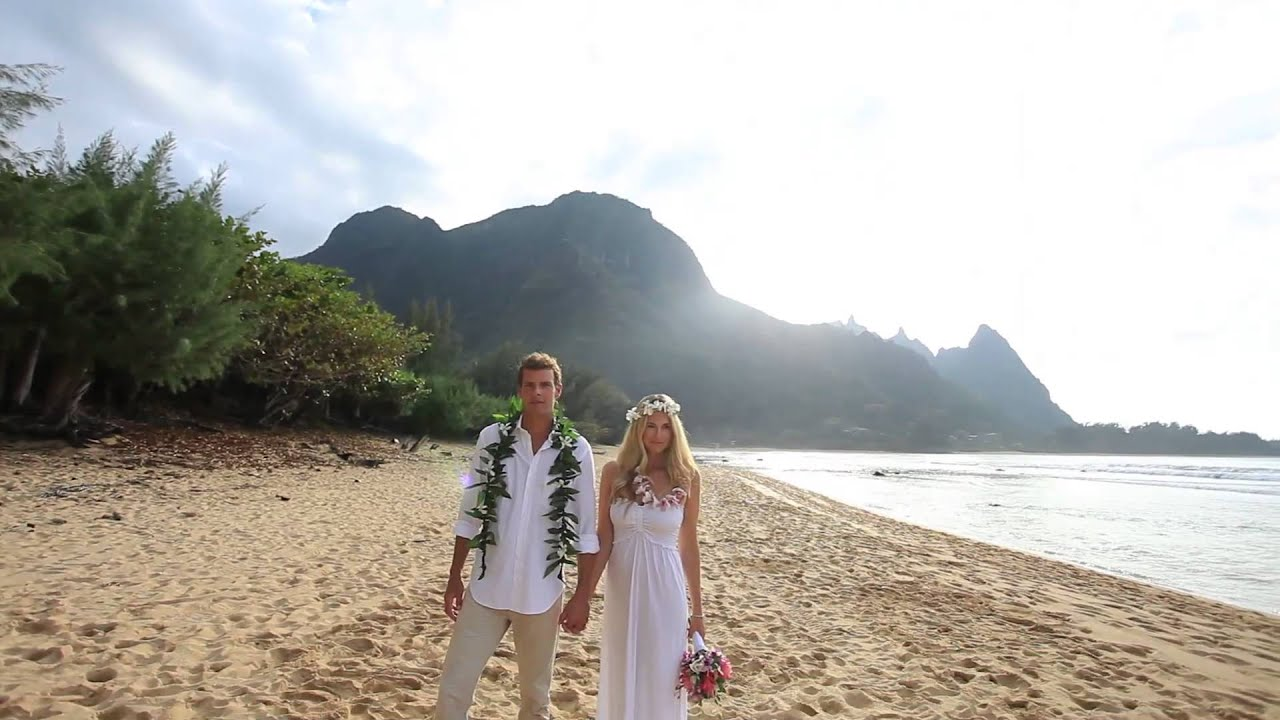 Sara Blake Tunnels Beach Wedding Kauai Video