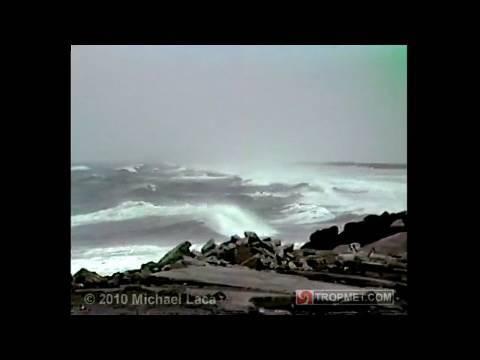 Hurricane GLORIA - Cedar Island, North Carolina - September 26-27, 1985