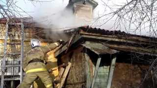 Тула. Тушение пожара на ул. Руднева. 20.11.2013(, 2013-11-20T09:26:45.000Z)