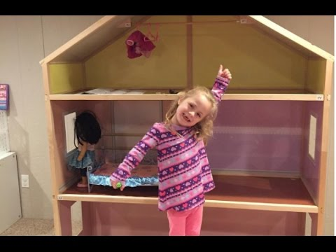 """Setting up My Girls Dollhouse for 18"""" Dolls - Tips on How to Put Together   beingmommywithstyle"""