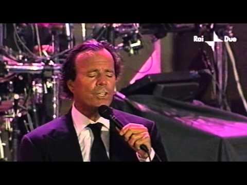 Julio Iglesias - Bamboleo [Live in Italy, 2001]