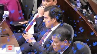 top secret senador fue pillado buscando qué es moción de censura durante debate a carrasquilla