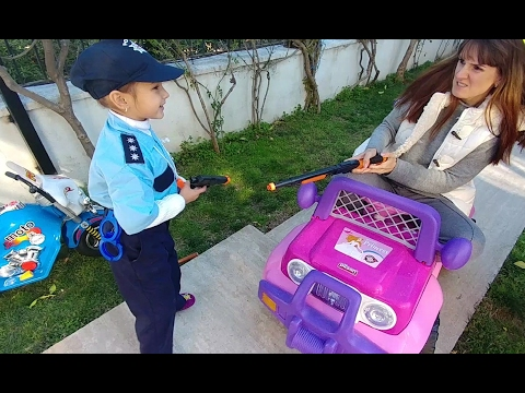 elif polis kendisine silah çeken suçluyu tutukluyor elifin kendi yaptığı video   eğlenceli çocuk vid