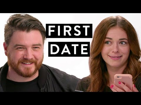 These Online Daters Meeting IRL Is Adorably Awkward