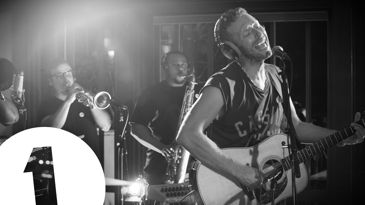 Chris Martin Covers Paul Simons Graceland In The Live Lounge Chords