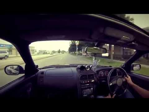 Nissan Skyline: Cruising in Canada