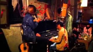 """Clb Về - October 28, 2011 - """"Vẫn hát lời tình yêu"""" - Phạm Phương Thảo"""