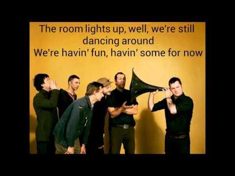 Modest Mouse- Lampshades On Fire (Lyrics)