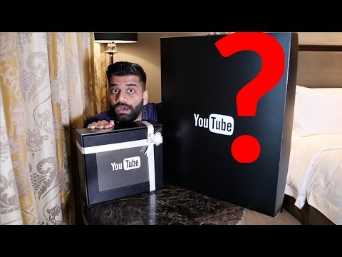 YOUTUBE SENT ME MYSTERIOUS PACKAGES......