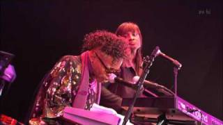Sly Stone   Sing a simple song Tokyo 2008