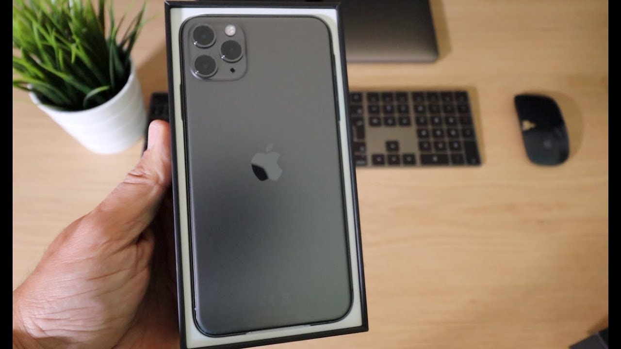 Iphone 11 Pro Max Space Grey Unboxing And First Look Youtube