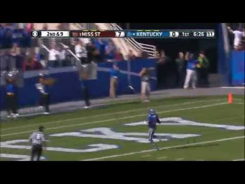 Demarco Robinson Scores a Kentucky Touchdown Against Mississippi State