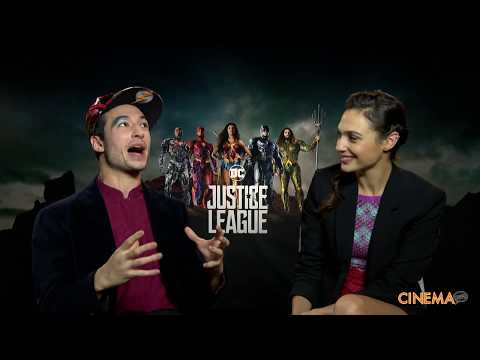"Ezra Miller & Gal Gadot, The Flash and Wonder Woman ""Justice League"""