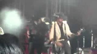Moderatto en vivo , es hora de rockear Mick Marcy