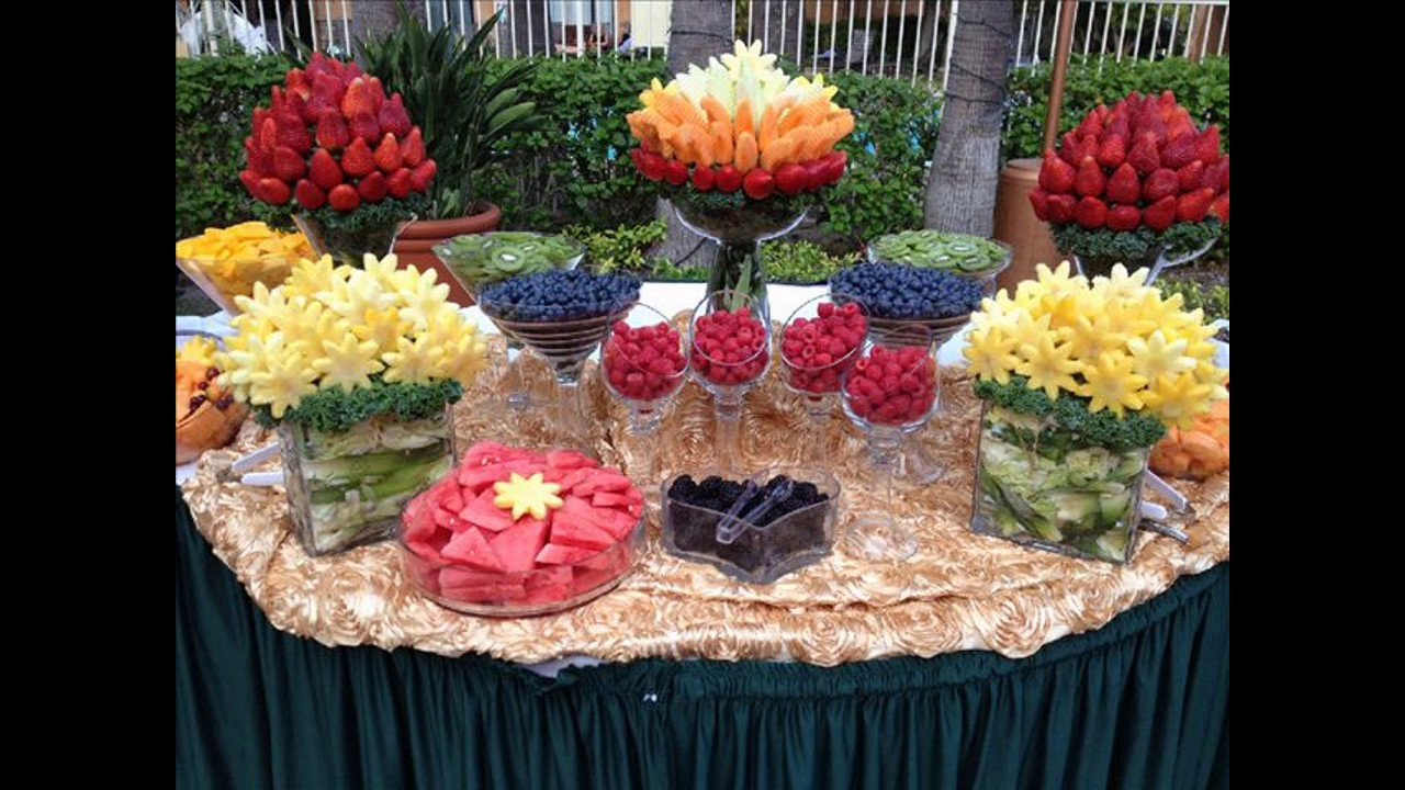 Fruit table decoration ideas youtube for Decoration fruit