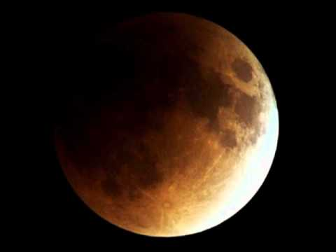 Total Lunar Eclipse - Chillout Electronic Music On Saturday December 10 by Sounda