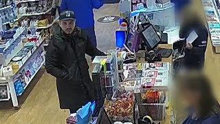 Alphen aan den Rijn: 3400 euro weg: man plundert rekening van 84-jarige vrouw