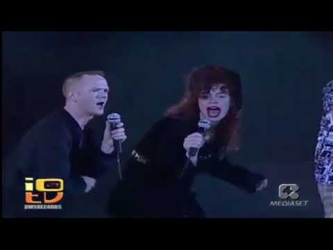 Communards  Dont leave me this way  Amazing  voice HD