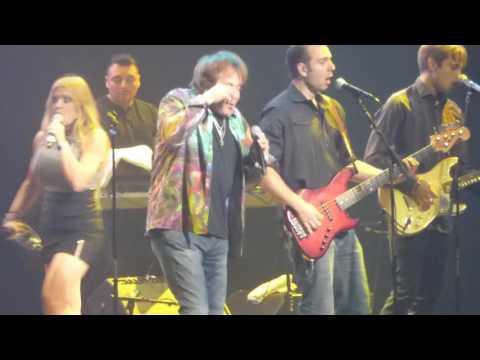 Eddie Money  - We Should Be Sleeping (Microsoft Theater, Los Angeles CA 8/12/16)