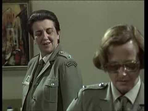 Prisoner (Cell Block H): Joyce gives Joan a slap!