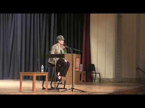 Sen. Joni Ernst answers questions about medicaid cuts and rural Iowa