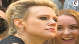 Kate Mckinnon Meeting Fans At Yesterday Premiere