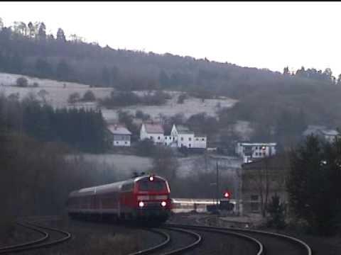 """218 217 mit RE 12 """"Eifel-Express"""" Köln - Trier in Gerolstein"""