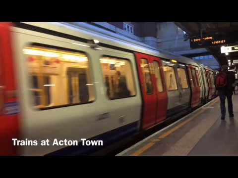 Trains at Acton Town - 19/02/17