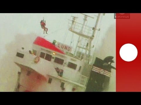 Daring helicopter rescue: crew saved after cargo ship splits in two in France