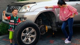 The Wheel fell off Funny Tema fixing wheel and ride on car