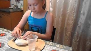 видео Лепка птички из пластичного материала по образцу