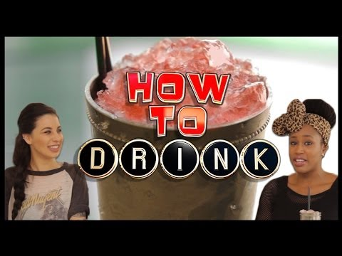 HOW TO MAKE A MEZCAL MULE COCKTAIL!