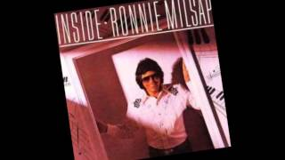 Watch Ronnie Milsap Whos Counting video