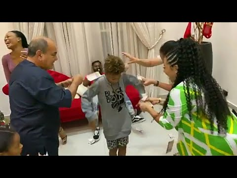 Download Cameron Okoye Disgraces His Dad Peter Okoye | MR P | With Crazy New Dance Style On Christmas Day