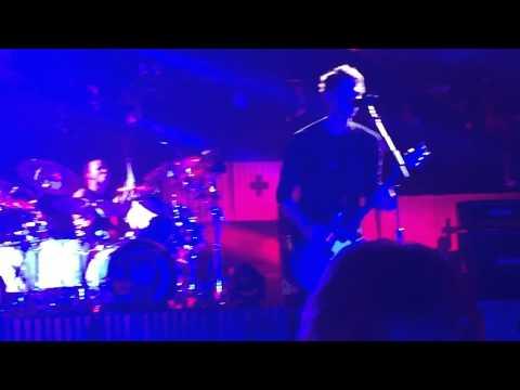 Jet Black Heart LIVE - 5SOS (ROWYSO Camden)