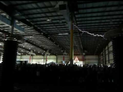 Nevada Lightning Lab's Tesla Coils at the Maker Faire