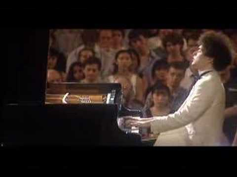 Evgeny Kissin plays Grand waltz op.34 no.1