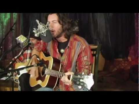 """Roger Clyne & The Peacemakers """"Banditos/King of the Hill"""""""
