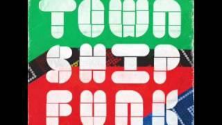 DJ Mphulo presents Angelo Agnell - Off The Wall (Tshwara Lebota)