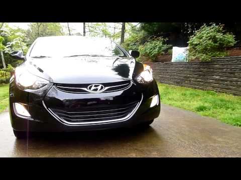 2013 Hyundai Elantra 1