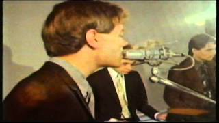 1975 BBC TV Programme from the UK Raymond Baxter commentating in th...