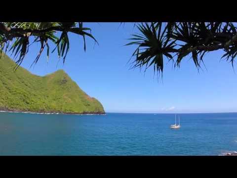 Sailing to Molokai