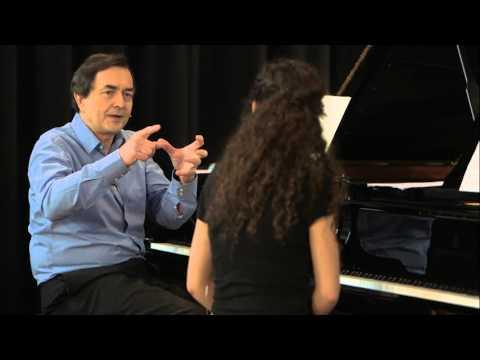 Meisterkurs mit Pierre-Laurent Aimard zu György Ligeti: Musica ricercata Nr. 5