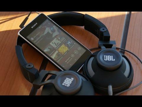 Обзор Sony Xperia E1: недорогой и громогласный (review)
