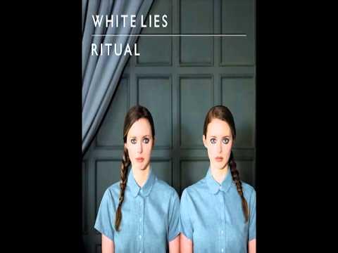 White Lies - Peace & Quiet + Lyrics